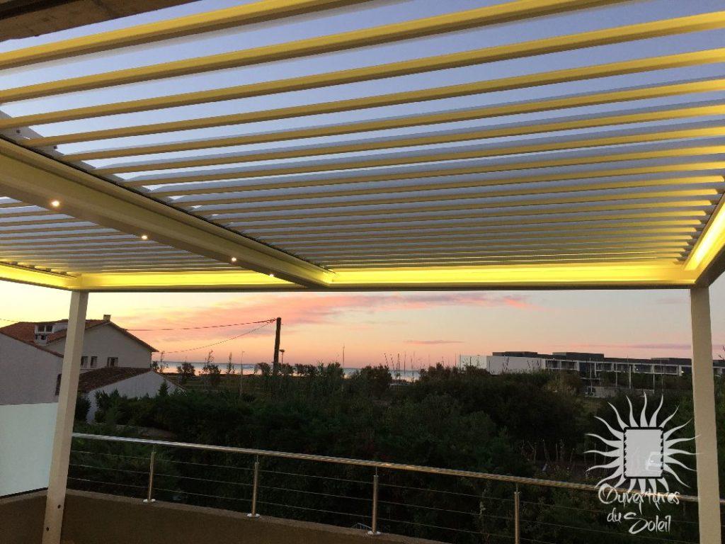 Rétro éclairage par ruban led pour pergola bioclimatique Montpellier