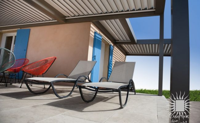 Pergola bioclimatique luxe Montpellier
